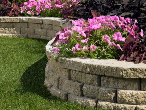 Concrete Retaining Wall Ideas And Construction