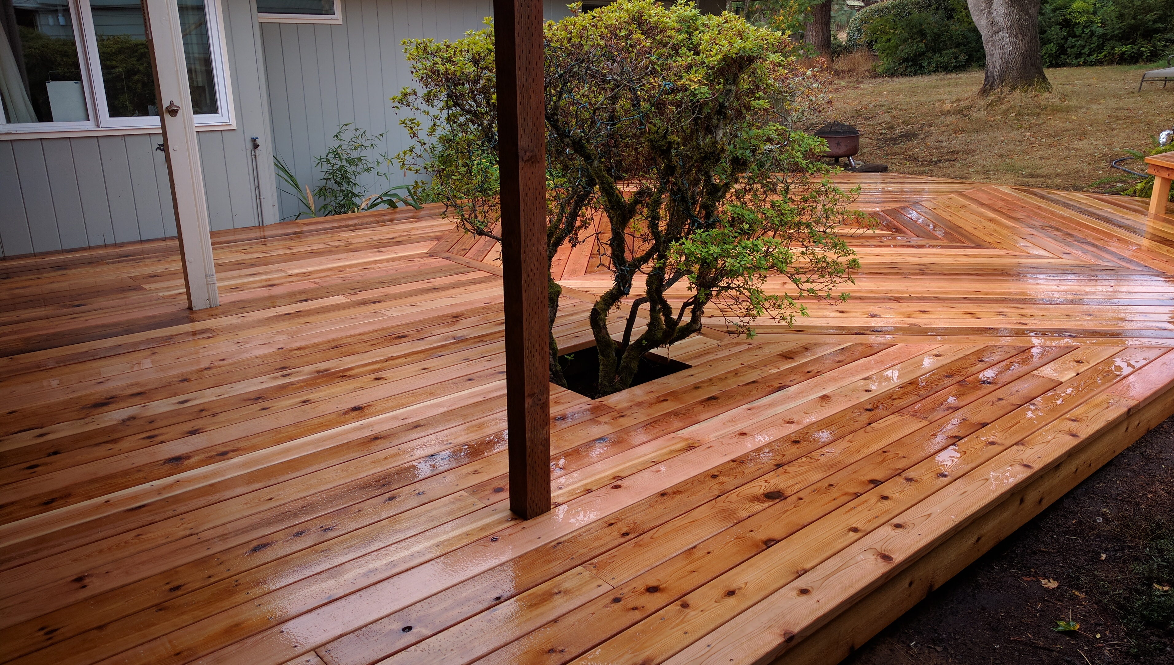 Cedar decking best outdoor decking materials 28 how to for Best timber for decking