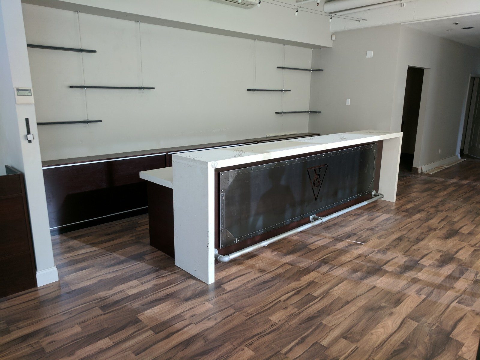 Full Custom Design & Build Vape Lounge